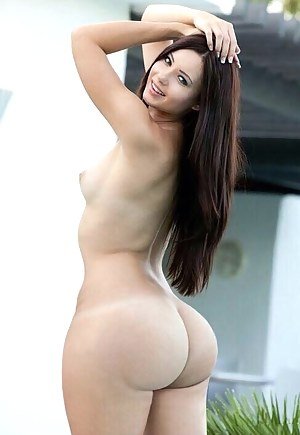 Young naked white butt
