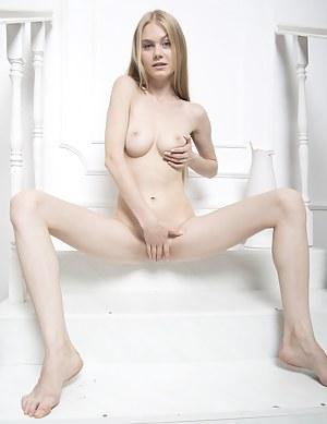 Nude girl massive cumshot gif