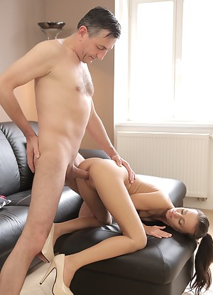 Girls Doggystyle Porn Pictures