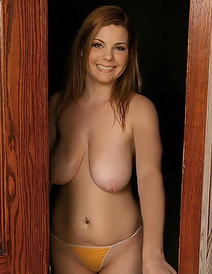 Saggy Tits Girls Porn Pictures